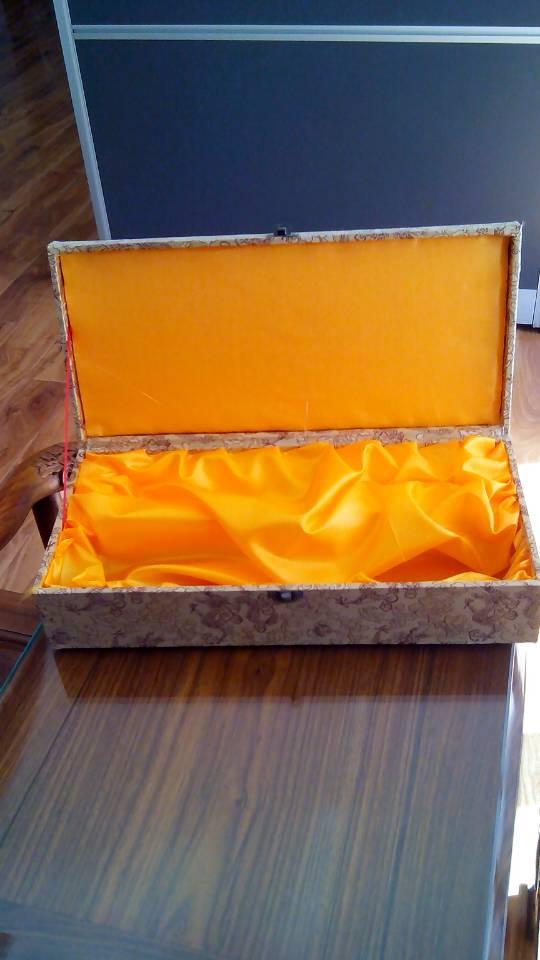 设计印刷白卡纸包装盒,彩色印刷