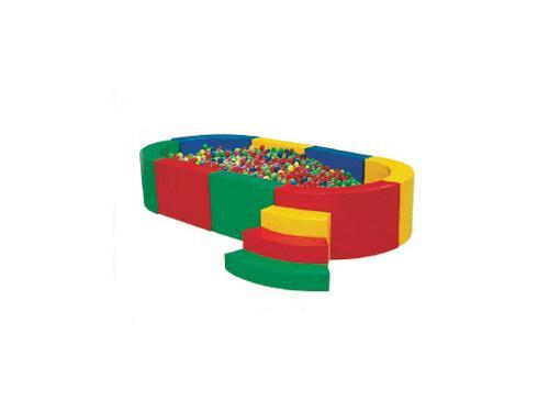 供应幼儿园实木桌、组合柜、黑板-石家庄俊杰玩具