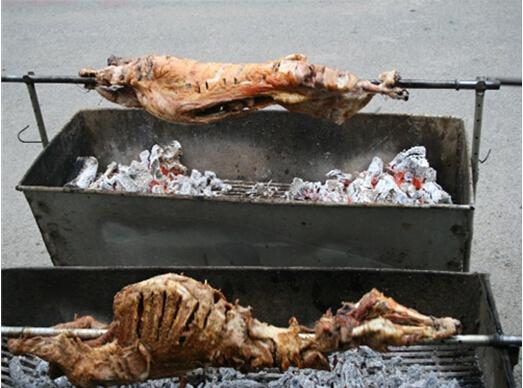 狼牙山特色烤全羊