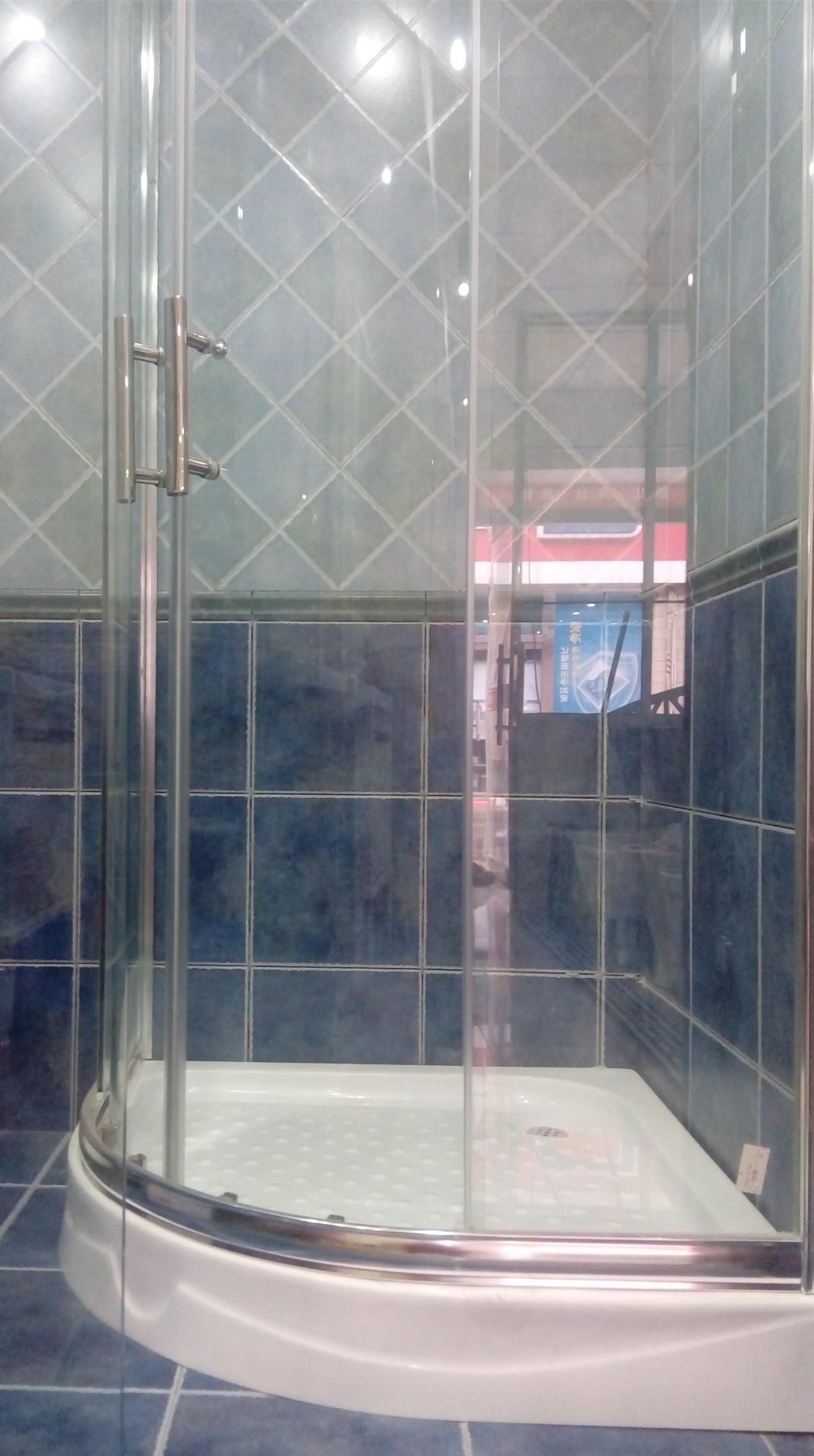 扇形浴房 .jpg