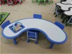 石家庄赞皇县幼儿园玩具、幼儿园课桌椅、幼儿园小床