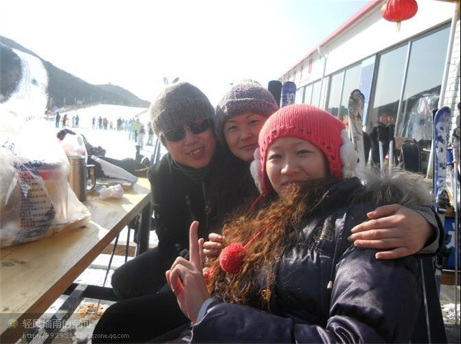 北京滑雪.jpg