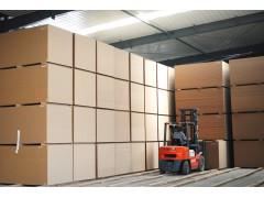 光华木业密度纤维板成品库房