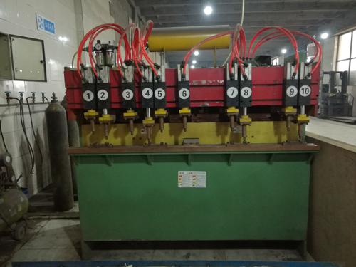 电焊机-宝石门业