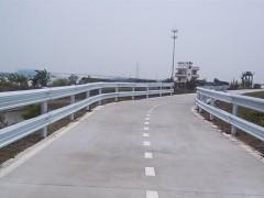 高速路护栏
