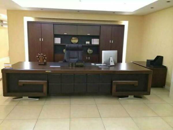办公家具(老板桌椅)