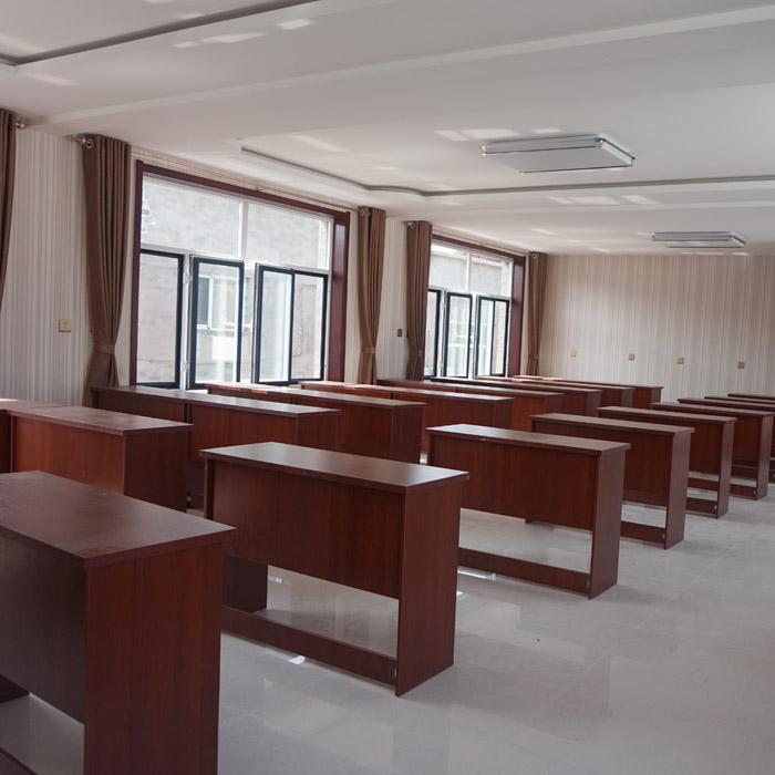 安良农家院会议室