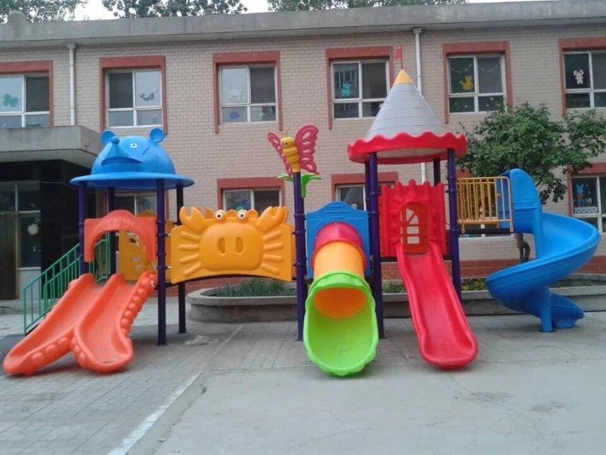 俊杰玩具是江苏玩具厂在石家庄设立的直销处,位于石家庄繁华地区,南三条金正玩具市场内,交通方便,主要经销江苏米奇妙教玩具集团有限公司(米奇妙)玩具,产品主要有:大,中,小型室内外游乐设施,淘气堡,大型玩具,沙滩玩具,墙面玩具,脚踏车,娃娃家,拱笼,感统器材,蒙氏教具,安全地垫,草坪,悬浮地板,攀岩墙,运动用品,奥尔夫音乐器材,学生课桌椅,木制积木,木制家具,新型纸质教具,碳化积木,水杯架,毛巾架,幼儿园园服,保温桶柜,区角柜,区域活动组合柜,户外玩具收纳柜,黑板,少儿软式体育器材,儿童床(塑料,木制),桌面