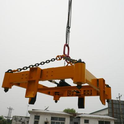 集裝箱吊具.jpg