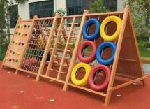 幼儿园户外木制玩具