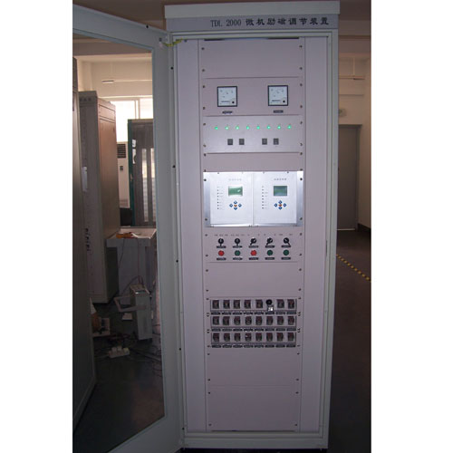 TDL-2000 发电机励磁柜2.JPG