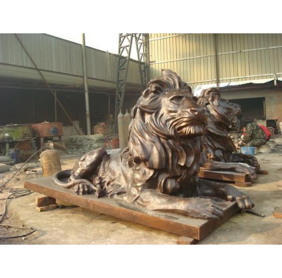 动物铸造铜狮子
