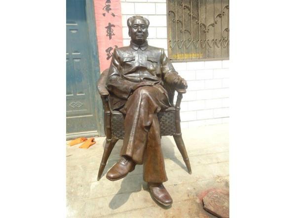 毛主席铜像_毛泽东坐像
