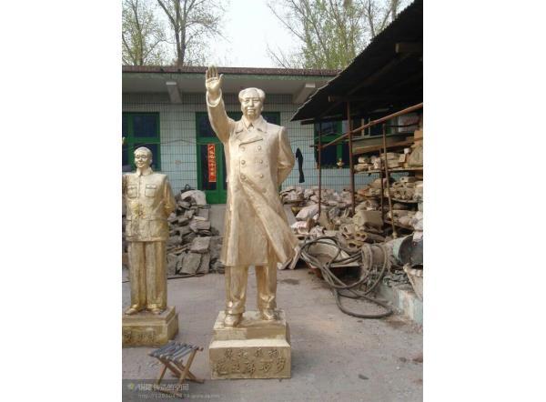 铸铜主席铜像价格_毛主席校园名人铜雕