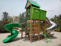 恒大地产塑木滑梯安装实物图片