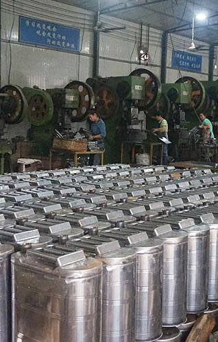 河北金属汽油桶制作时用什么材质比较好?