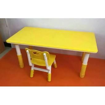 平山县幼儿塑料桌椅
