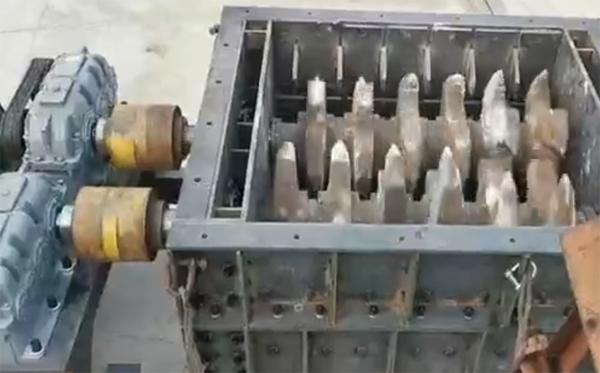 龙爪式破碎机设备.jpg