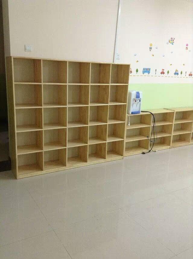 望都幼儿园木制书包柜