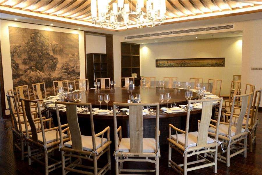 久益市场-酒店餐桌椅