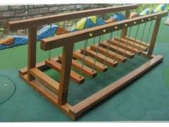 曲周幼儿园木制荡桥
