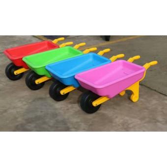 大名幼儿园幼儿独轮车