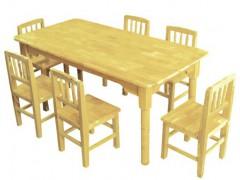 广平幼儿园木制桌椅