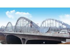 河南三门峡涧河大桥桥面装饰