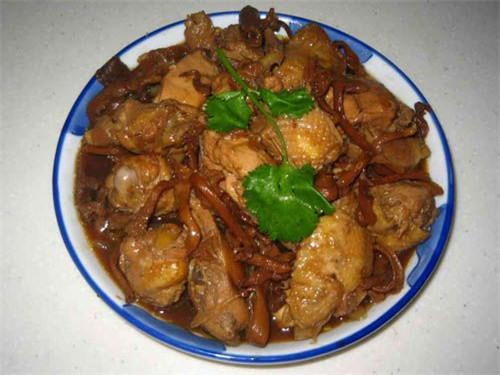 小鸡炖蘑菇.jpg