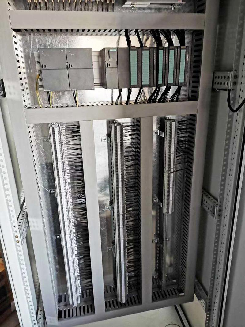 PLC系统集成柜1.jpg