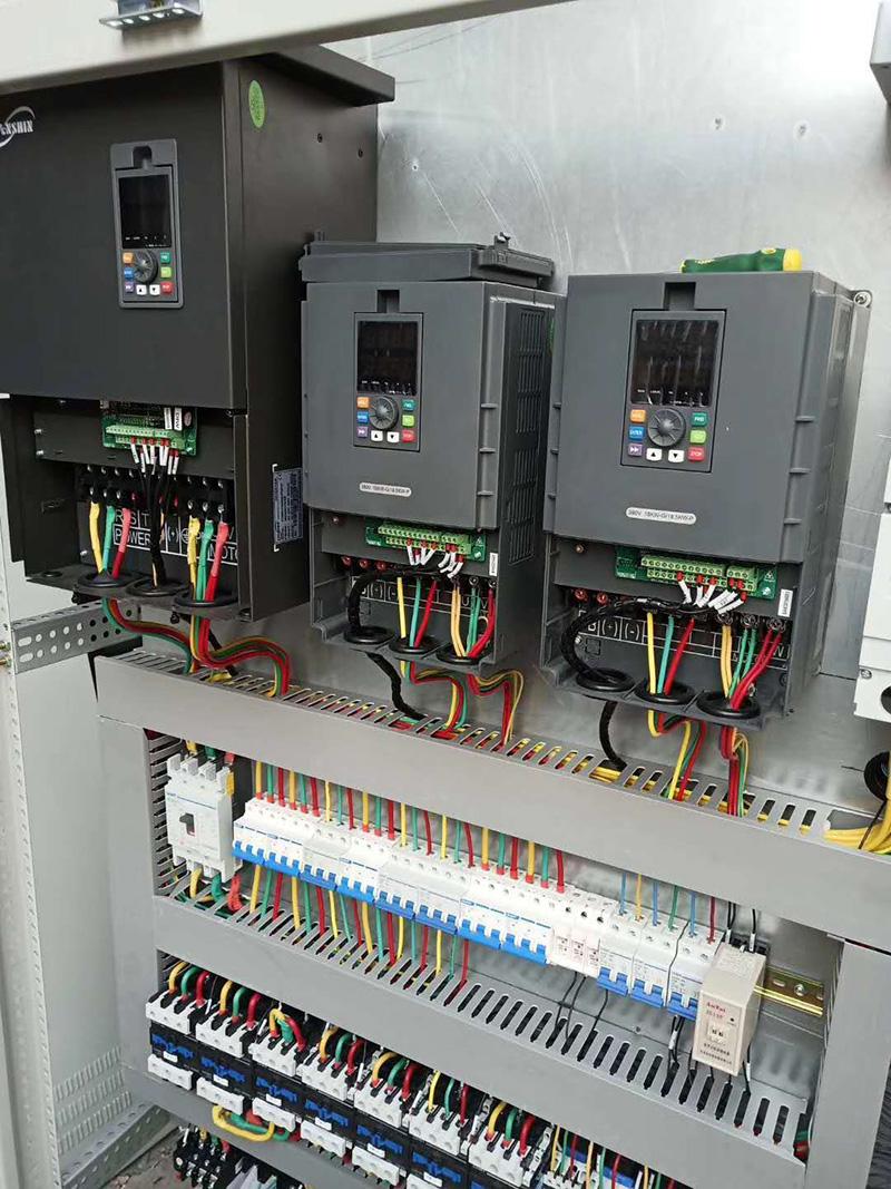 低压变频控制柜1.jpg