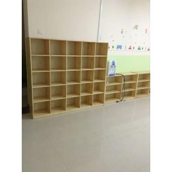 清河幼儿园木制书包柜