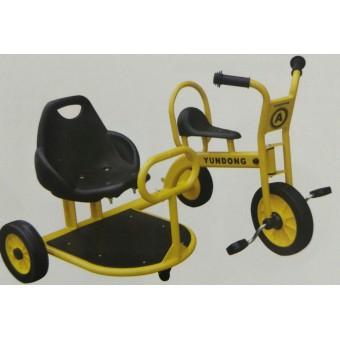平山幼儿园幼儿脚踏车