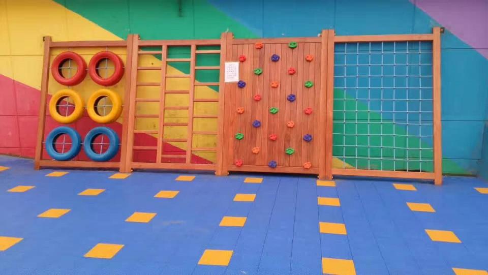 藁城幼儿园木制攀爬架