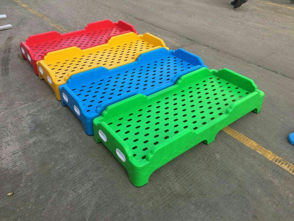 辛集幼儿园塑料床